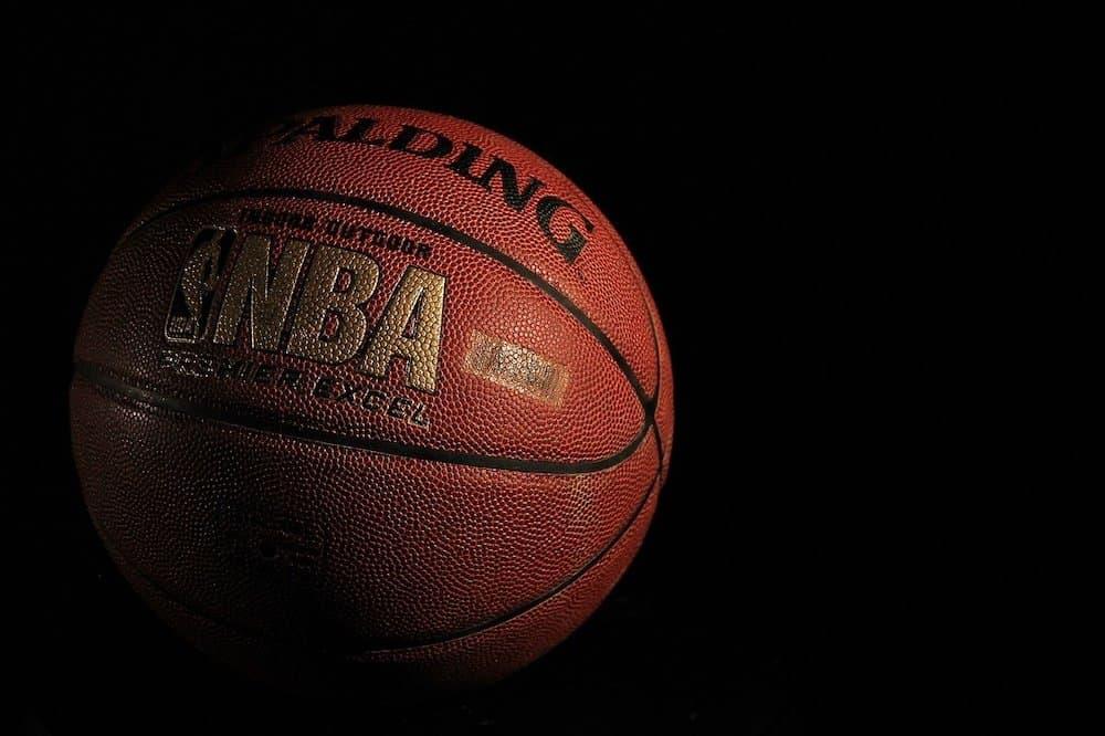 jakie mecze obstawiać w koszykówce